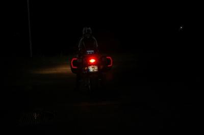 In donker, zonder directe lichtaanstraling